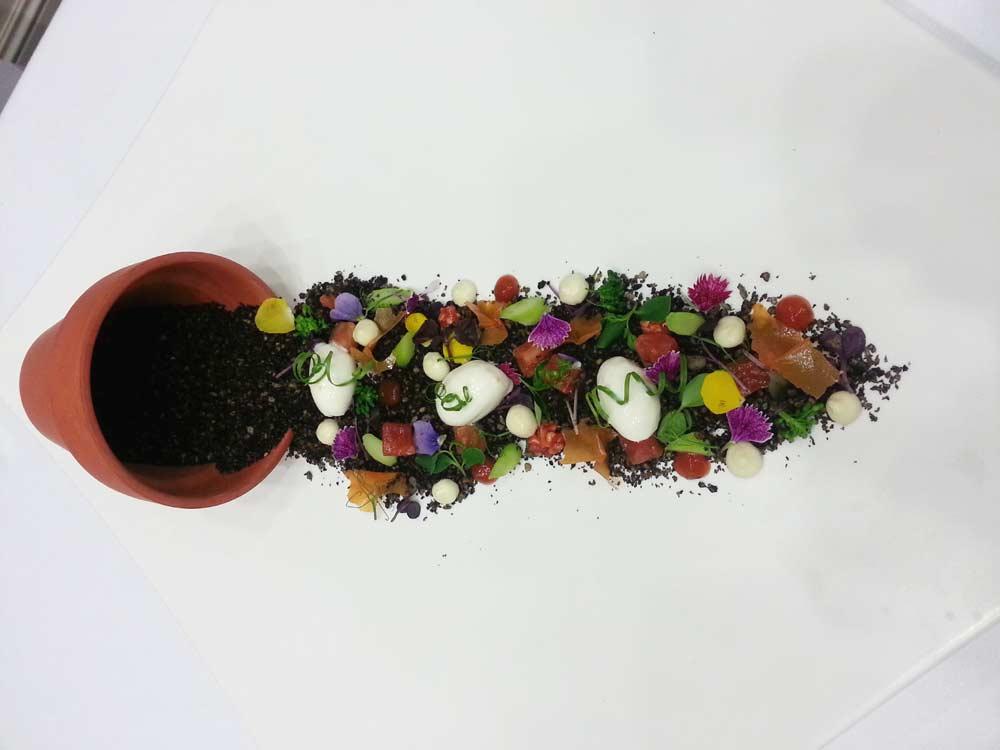 CocinandoConClase Maceta_derramada