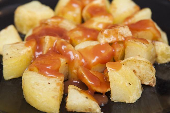 Cortes de patatas: patatas bravas