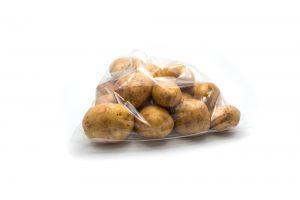 Es recomendable guardas las patatas envasadas al vació si queremos que nos duren más tiempo.